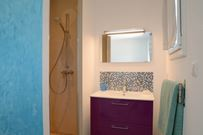 Casa Sicreta, chambre turquoise, salle de bain